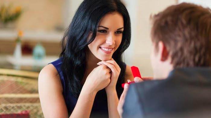 Cómo seducir a una mujer con el lenguaje corporal