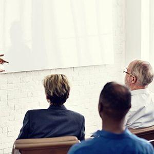 Comunicación entre empleados y jefes en la empresa