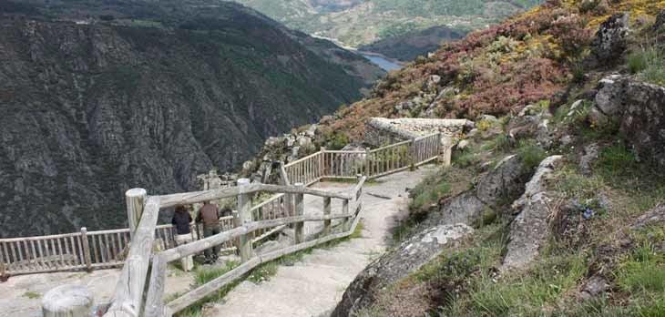 Ribeira Sacra, un paisaje de joyas medievales